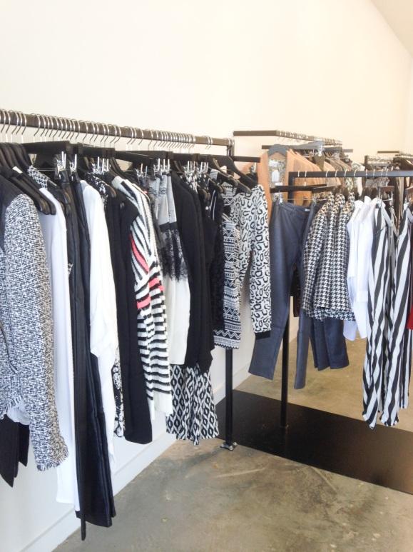 clothing-racks-elle-a-boutique