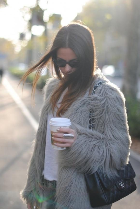 faux-fur-jacket-starbucks